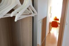 schlafzimmer-schrank-buegel